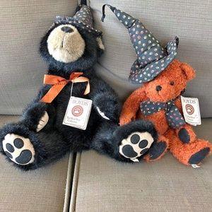 2 Halloween themed boyds bears